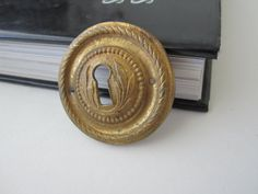 Gold vintage keyhole hardware. Great for steampunk, victorian style jewelry.