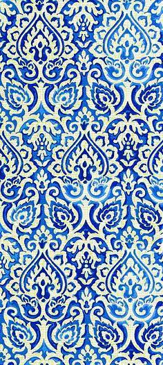 Floral pattern blue on white