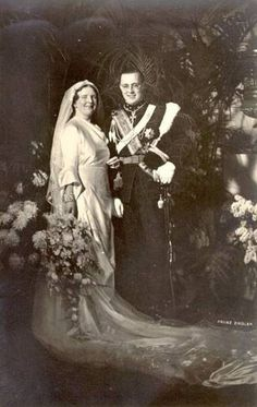 Wedding photo of Princess Juliana of the Netherlands and Prince Bernhard of Lippe-Biesterfeld