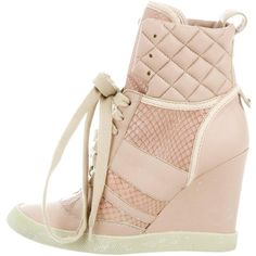 Pre-owned Chlo? Snakeskin-Trimmed Wedge Sneakers ($245) ❤ liked on Polyvore featuring shoes, sneakers, pink, high top leather shoes, wedge sneakers, leather sneakers, leather high top sneakers and high-top sneakers