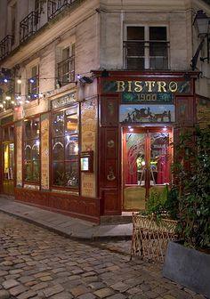 Rita Crane Photography:  Paris / historic cafe / Left Bank / cobblestones / ancient courtyard / Cour du Commerce St. Andre / night / Bistro 1900, Paris