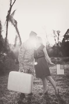 Sweet vintage engagement photo #military