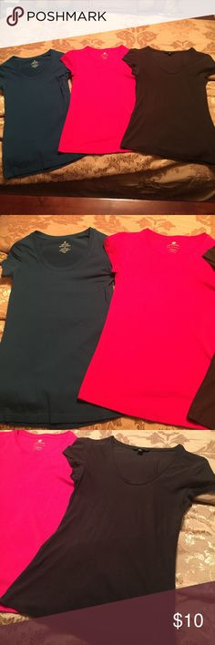 Set of three layering tees. Super soft, perfect layering tees. Teal - M. Pink - S. Brown - S. pink and brown are banana republic. Teal is from tj maxx. All have stretchy material. Perfect pieces for layering or wearing alone with jeans. Tops