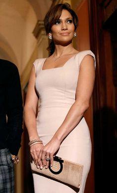 Jennifer Lopez característica de una Smart Girl; esfuerzo, dedicación, tenacidad, perseverancia, pasion, entrega y amor por su vocación.