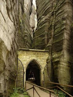 Improbable and fabulous rock formations look like a park built for and inhabited by stone giants. Set in Bohemia and separated by 2 towns in Czechoslovakia, it is a must