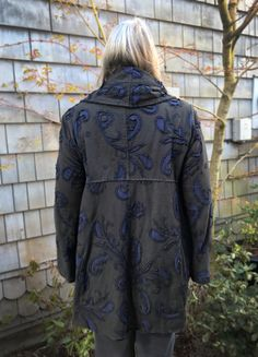 Reverse Applique, Boro, Cycling Outfit, Black And Navy, Embroidery Ideas, Slow Fashion, Refashion, Textile Art, American Apparel