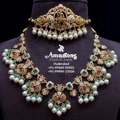 Indian Gold Jewellery Design, Gold Temple Jewellery, Indian Jewelry, Gold Jewelry, Beaded Jewelry, Jewelry Design, Emerald Necklace, Uncut Diamond, Antique Gold