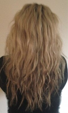 Five Tips to Tame Frizzy Hair