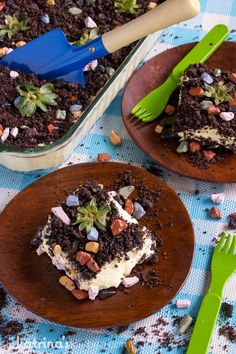 Dirt Cake with Fresh Strawberries