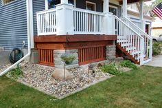 raised porch finishing! I LOATHE lattice :(