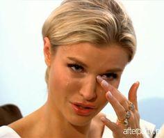 Joanna Krupa płacze u seksuologa. Joanna Krupa płacze w Dżoana i jej przyjaciółki z Miami. Kryzys w związku Joanny Krupy i Romaina Zago - AfterParty.pl