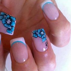 Love these nails. Reminds me of Hawaii. (: