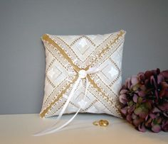 Vintage Ring Pillows:  What to Look For