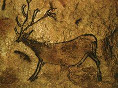 Рогатый олень в пещере Ласко (Франция). © Hans Hins. #Deer #Deers #Lascaux