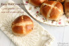 The best Traditional Hot Cross Buns, an easy recipe from the 1950's. Made with or without raisins, or substituted with dried fruit of your choice. Complete with the added healthy bonus of being completely refined sugar free! #hotcrossbuns #traditional #bread