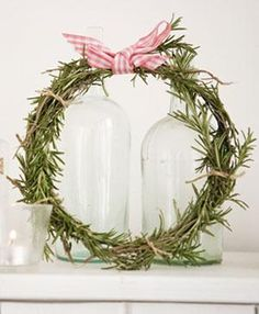 Simple Rosemary Wreath. Oh this would smell so good ~!~