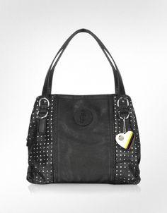 My favorite Juicy Couture bag. <3