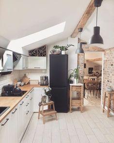 Scandinavian Style Home, Scandinavian Kitchen, Instagram Design, Instagram Story, Kitchen Room Design, Kitchen Decor, Minimal Kitchen, Home Improvement Loans, Modern Kitchen Cabinets