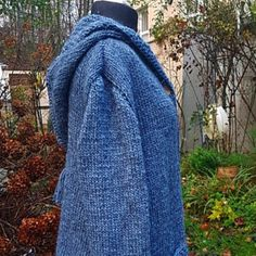 Cardigab with pointed hood***S Pattern Mixing, Etsy, Jeans, Shapes, Wool, Vintage, Beautiful, Fashion, Cowls