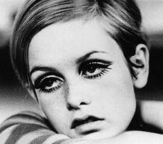 Twiggy inspired makeup. Halloween. (1970s)