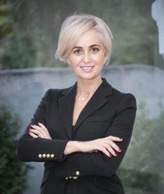 Periodico Digital de Málaga y Provincia – Rosa Siles, nombrada nueva directora gerente de la Fundación Andalucía Emprende Director, Pink, Perms