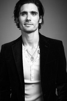 Tyson Ritter. I'm in love with the All American Rejects right now. Ahhhhhhhhhhhh