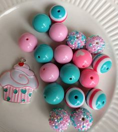Check out this item in my Etsy shop https://www.etsy.com/listing/531903283/cupcake-birthday-inspired-necklace-diy