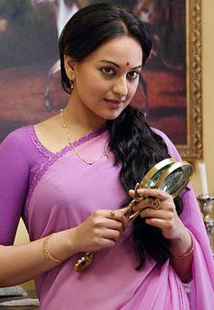 Sonakshi Sinha in Lootera #Bollywood #Fashion