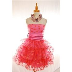 betsey johnson dress - although I don't wear strapless this dress just makes me happy. Pink, polka dots, and ruffles oh my. Day Dresses, Evening Dresses, Formal Dresses, Fashion Idol, Fashion Outfits, Betsey Johnson Purses, Vintage Gowns, Heart Dress, Candyland