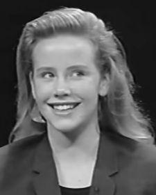 Poznata holivudska glumica Amanda Peterson preminula je u 43. godini pod još nerazjašnjenim okolnostima, pišu strani mediji.