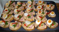 Obložené Chlebíčky (Slovakia or Czech open faced sandwich) Czech Recipes, Ethnic Recipes, Types Of Snacks, Salami And Cheese, Around The World Food, Delicious Desserts, Yummy Food, Christmas Dishes, International Recipes