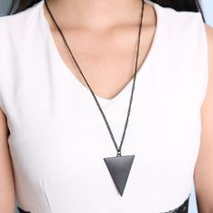 European Fashion Geometric Triangle Long Clothing Chain
