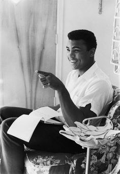 A smiling Muhammad Ali, then known as Cassius Clay, in February of 1963 (Moneta Sleet, Jr./Ebony Collection) Muhammad Ali from the EBONY Archives Muhammad Mohamed Ali, Muhammad Ali Fights, Star Trek Posters, Float Like A Butterfly, Hometown Heroes, Boxing Champions, Sport Icon, Malcolm X, Ali Quotes