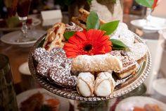 #viennesesweets #thelodgeweddings #thelodge #poconoweddings #davidwcoulterphotography #dessert #weddingcake #lodgeextras