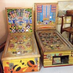 Vintage / Antique PINBALL MACHINES / GAMES ! ...... Download the FLEATIQUE APP on the Appstore !! ..... retro gaming gamer games arcade antiques american pickers restoration roadshow old 1950s 1950's 1960's 1960s game machine