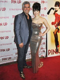Taylor Hicks and Claire Sinclair Photo credit: Stephen Thorburn http://www.lasvegasroundtheclock.com/images/stories/Judy/05-07-13/Pin_Up/Taylor_Hicks_Claire_Sincliar_Pin_Up_22823.JPG