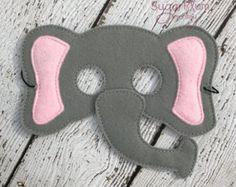 máscara de elefante de fieltro por SevenFeathersTribe en Etsy