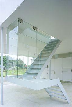 treppe weiß stahl glas