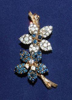 Ciner Vintage Signed Flower Brooch Pin Blue and Clear Rhinestones | eBay