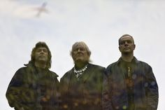 A new super group of sorts.. Steve Hackett, Chris Squire and Roger King a.k.a. Squackett!