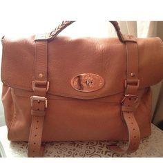 Tip: Mulberry Handbag (Peachy Salmon)