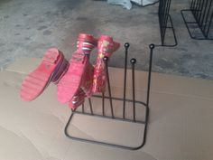 4 pair round metal wellington boot rack / riding boot rack / boot storage solution ideal way to store wellington boots tidily