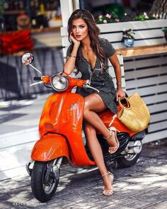 Vespa - shopping on my Vespa. - - Bikergirl - Vespa – shopping on my Vespa. – – Bikergirl – Vespa – shopping on my Vespa. Piaggio Vespa, Vespa Ape, Scooters Vespa, Motos Vespa, Scooter Motorcycle, Motor Scooters, Lambretta Scooter, Scooter Girl, Vespa Girl