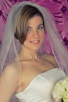 Short Hair And Wedding Veils, Top Ideas! - Hair trends come and go each season, but there is a set of cuts that have proven to stand the test and thus, will New Bridal Hairstyle, Short Bridal Hair, Hairdo Wedding, Wedding Hairstyles With Veil, Bride Hairstyles, Wedding Veils, Medium Hair Cuts, Short Hair Cuts, Medium Hair Styles