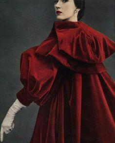 Dovima wearing Balenciaga photographed by Richard Avedon for Harper's Bazaar September 1950