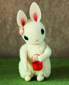 Bunny Tutorial from the book: Adventures in Pompom Land by Myko Diann Bocek | Sew Mama Sew |