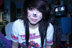 Scene and emo hair adicted famous presents its new categories of girls emos girls Scene Remember not stop giving like: follow me on my board ---->     hair look  .... #LovingkittenNya