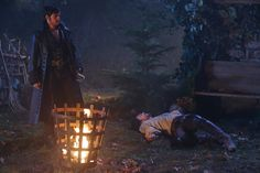 """Captain Hook and Papa Hook - 5 * 11 """"Swan Song"""". Hook no!!!!!! Why, just why? He's your father for crying out loud! :,( :'( :'("""
