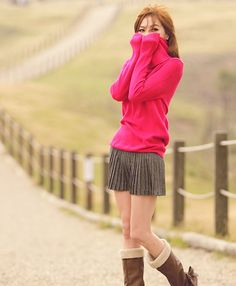Beautiful pink sweater/turtleneck