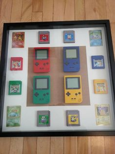 must have wall decoration for a pokemon fan! Video Game Decor, Video Game Rooms, Video Game Art, Retro Videos, Retro Video Games, Game Boy, Game Room Design, Retro Gamer, Gamer Room